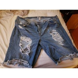 Size 22 Destroyed denim shorts